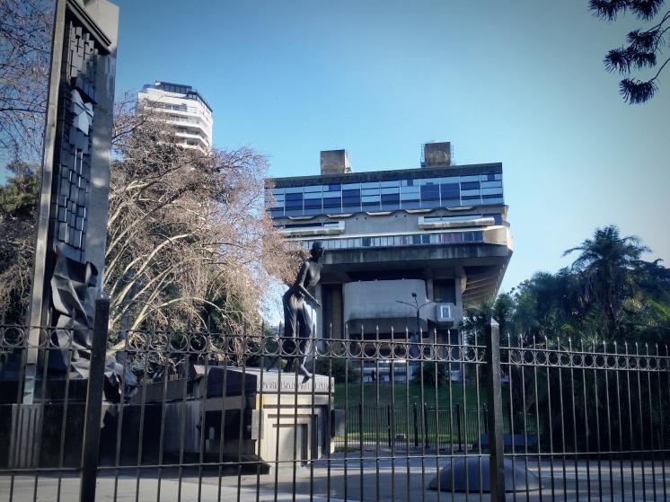 Biblioteca Nacional - Monumento Eva Perón