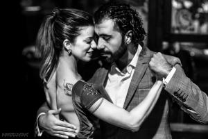 Adrian Luna best tango teacher